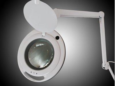 Loupelamp LED