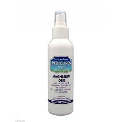 Samenwerkende pedicures magnesium olie